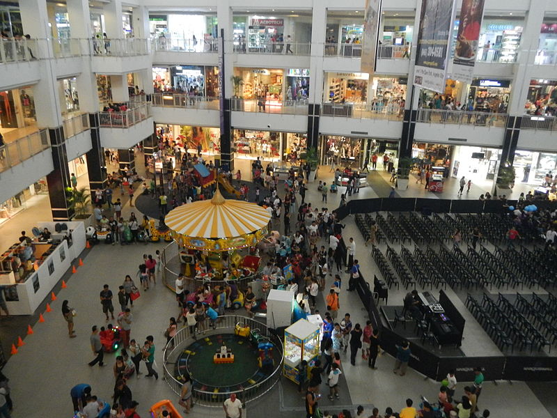Shopping mall in Angeles City
