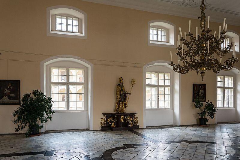 File:Abtei Seckau Huldigungssaal 01.jpg