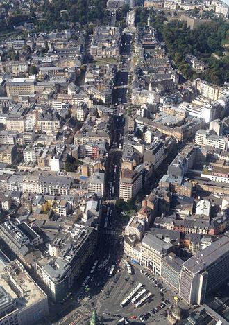 Avenue de la Liberté - Aerial view of the avenue from the Place de la Gare in the South to the Adolphe Bridge in the North
