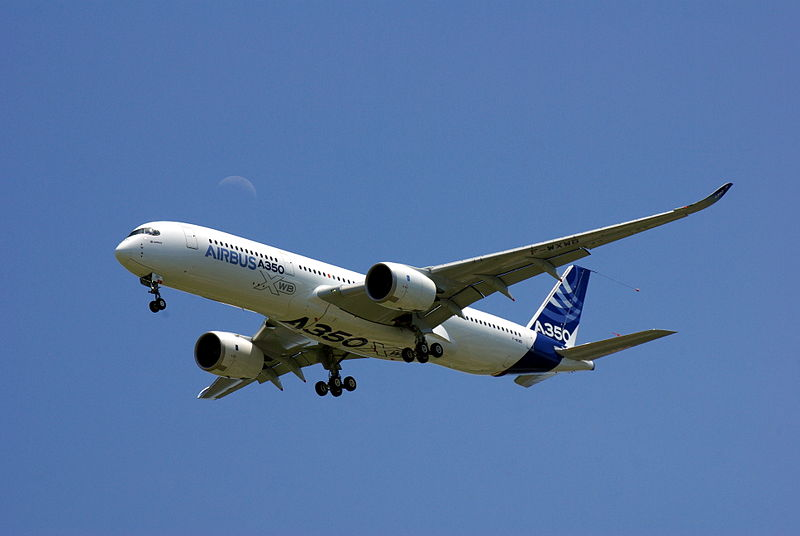 File:Airbus A350-900 Maiden Flight (Low pass) 1.JPG