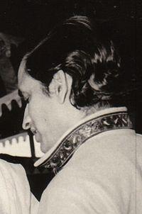 Amrit Desai.jpg