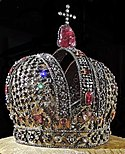 Anna of Russia's crown (1730, Kremlin museum) by shakko 04blackened.jpg