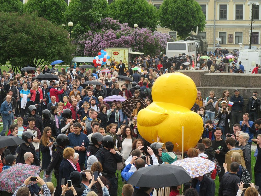 Anti-Corruption Rally in Saint Petersburg (2017-06-12) 36.jpg