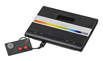 Third generation of video game consoles - Image: Atari 7800 w Control Pad L