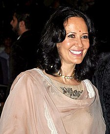 Ayesha Dutt 60th Filmfare Awards.jpg