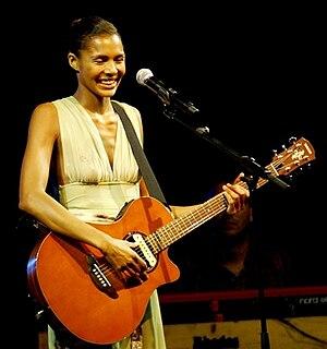 Ayọ - Monaco, 30. August 2007 (photo by Lionel Urman)