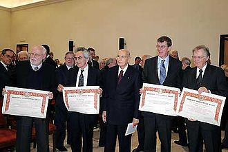 Wallace Smith Broecker - Broeker (right) with the other 2008 Balzan Prize winners and Giorgio Napolitano, President of Italy