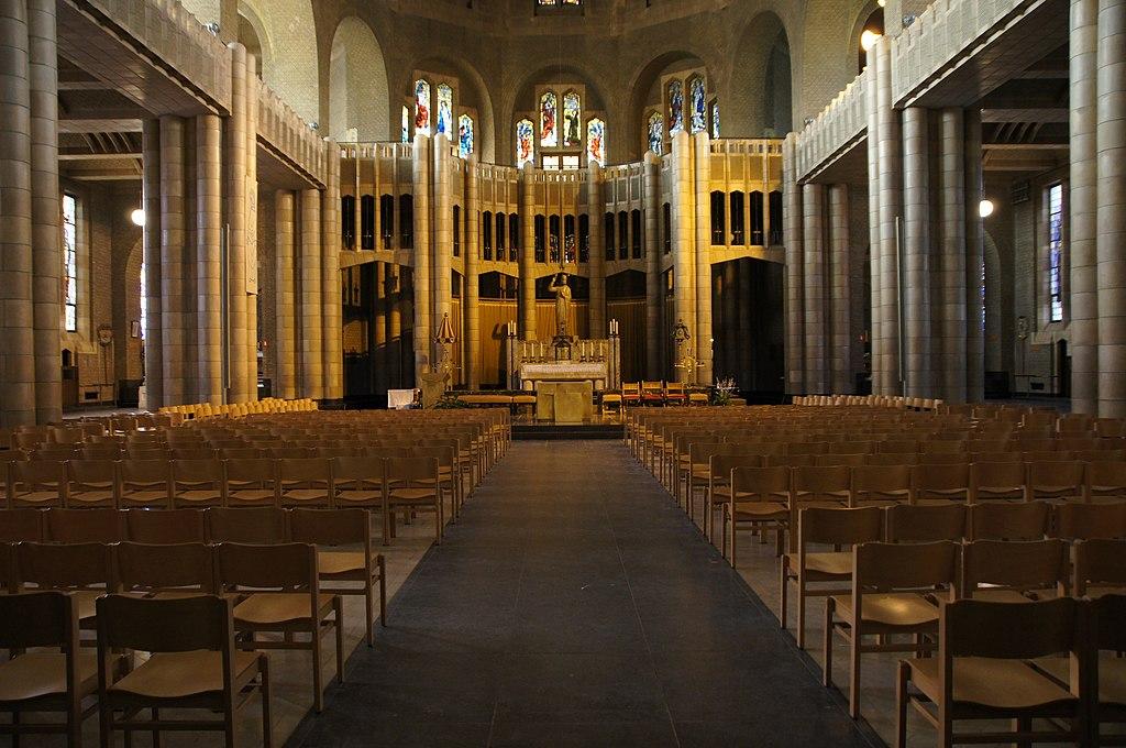 BasilicaSacredHeartInside1.JPG