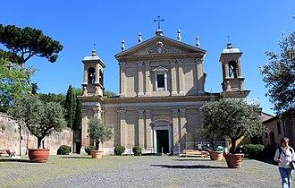 Sant'Anastasia al Palatino - Image: Basilica di Sant Anastasia Rome 2011 1