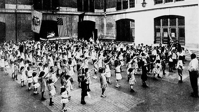 Bellamy salute 1915, From WikimediaPhotos