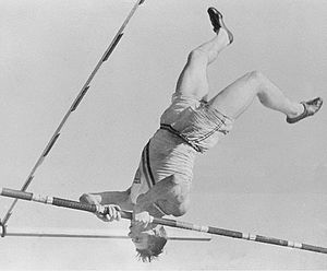 Bill Miller (pole vault) - Bill Miller at the 1932 Olympics