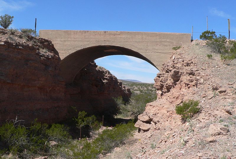 File:Black Hills Back Country Byway overpass 8151 from SE 3.JPG