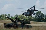 Blackhawk Over an Abrams 160730-Z-KM096-007.jpg