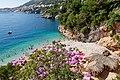 Blick auf Strand Sveti Jakov in Dubrovnik, Kroatien (48739130442).jpg