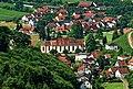 Blick vom Schloss Staufenberg auf Durbach.jpg