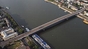 Bonn, Kennedy-Brücke.JPG