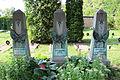 Brandýs nad Labem, hroby příslušníků Rudé armády (detail).jpg