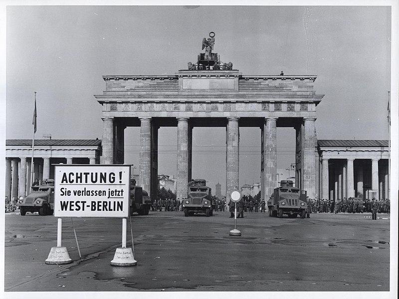 File:Brandenburg Gate - Flickr - The Central Intelligence Agency (1).jpg