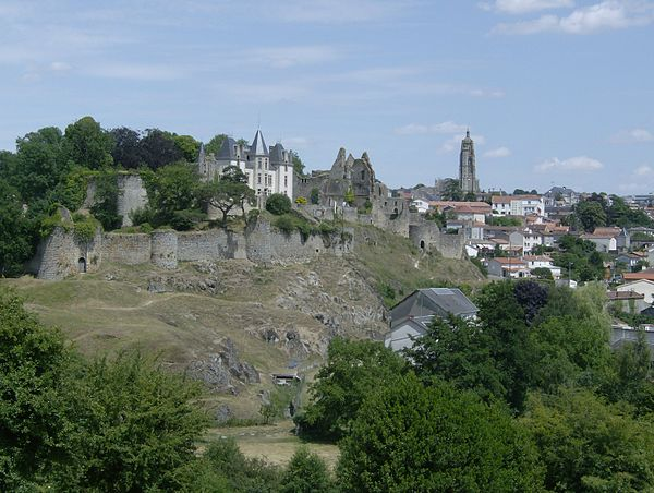 Château de Bressuire.