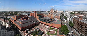 English: British Library (modern building in f...