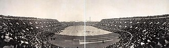 1905 college football season - Image: Bulldogs vs. Crimson football game 1905