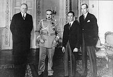 Da sinistra: Hans-Adolf von Moltke (ambasciatore tedesco in Polonia), Józef Pi?sudski, Joseph Goebbels e Józef Beck (ministro degli esteri polacco)