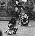 COLLECTIE TROPENMUSEUM Scene uit een Barong- en Krisdans in het voorhof van de dorpstempel TMnr 20000294.jpg