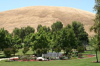 San Joaquin Valley National Cemetery - California Korean War Veterans Memorial