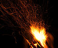 Campfire and sparks in Anttoora 8.jpg