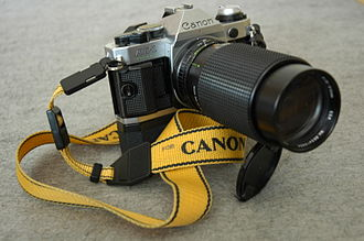 Canon AE-1 Program - Image: Canon AE1 with telephoto lens