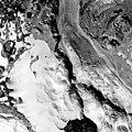 Carbon Glacier, Cirque Glacier and Valley Glacier Remnant, September 9, 1960 (GLACIERS 1636).jpg