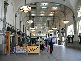Cardiff Central railway station - The interior of the concourse looking west