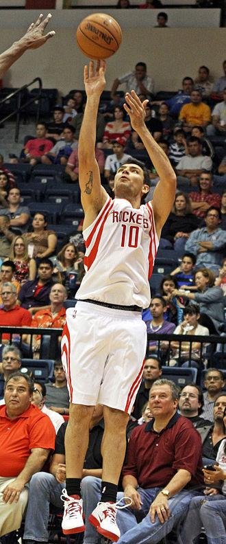 Carlos Delfino - Delfino with the Rockets