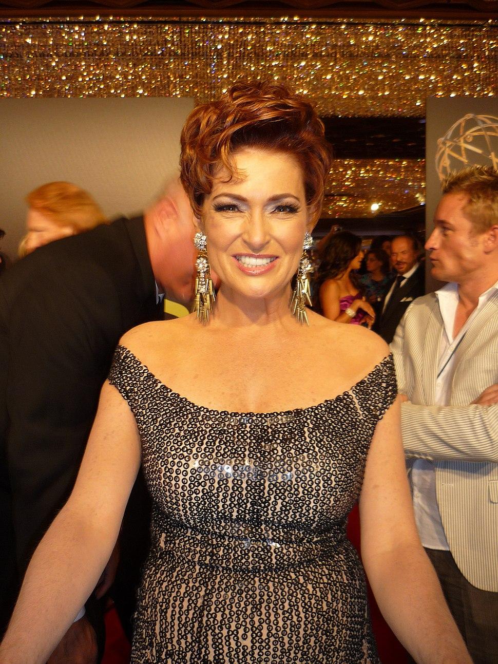 Carolyn Hennesy 2010 Daytime Emmy Awards