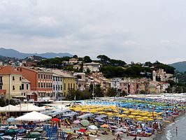 Celle Ligure-panorama da Aurelia4.jpg