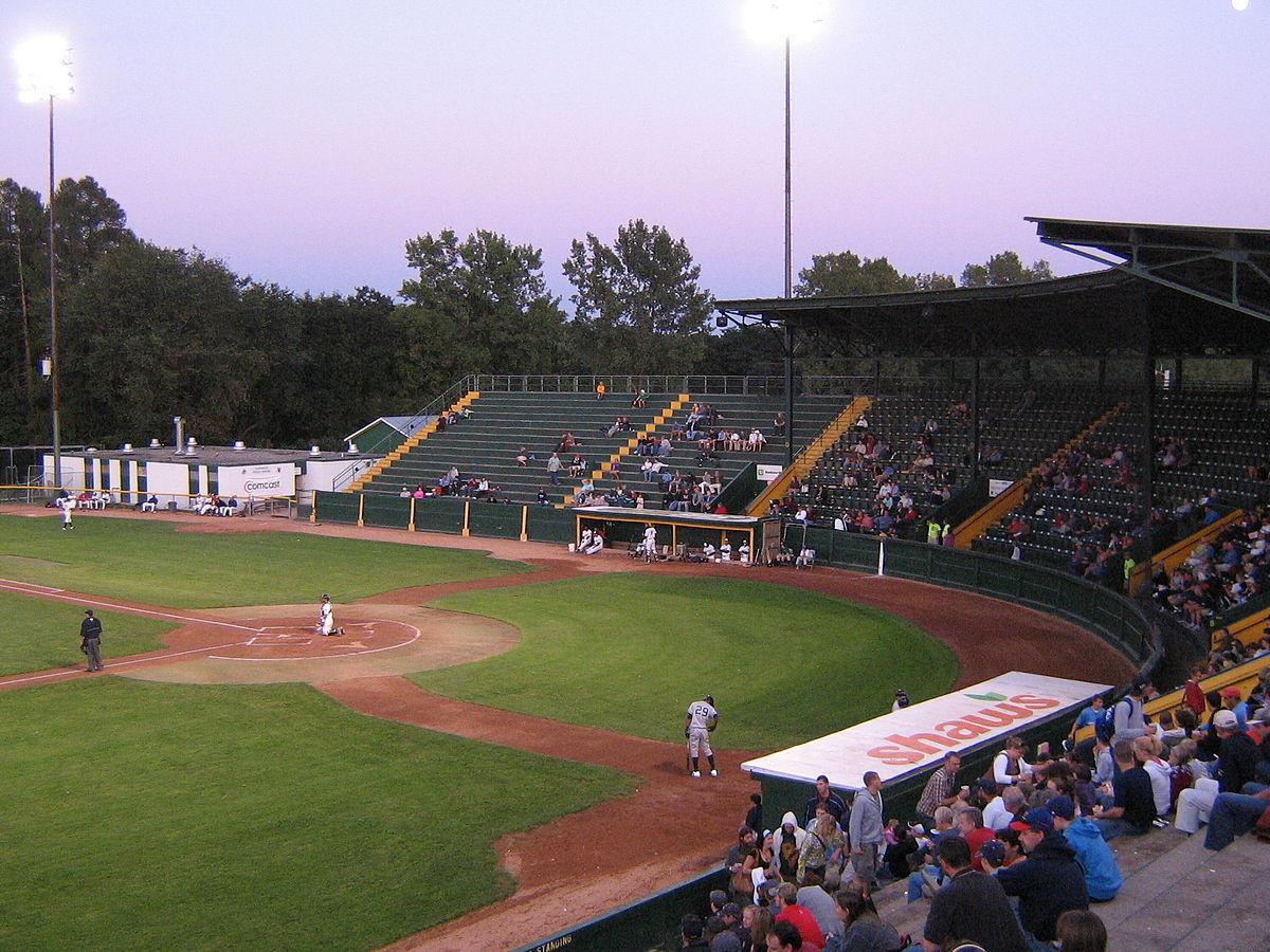 Centennial Field - Wikipedia