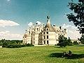 Château de Chambord ensoleillié.jpg