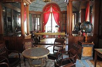 Neoclassicism in France - Image: Château de Malmaison Bibliothèque 001