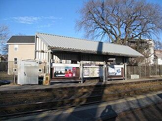 Newburyport/Rockport Line - Image: Chelsea MBTA Station, MA
