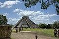 Chichen Itza pyramid 01.jpg