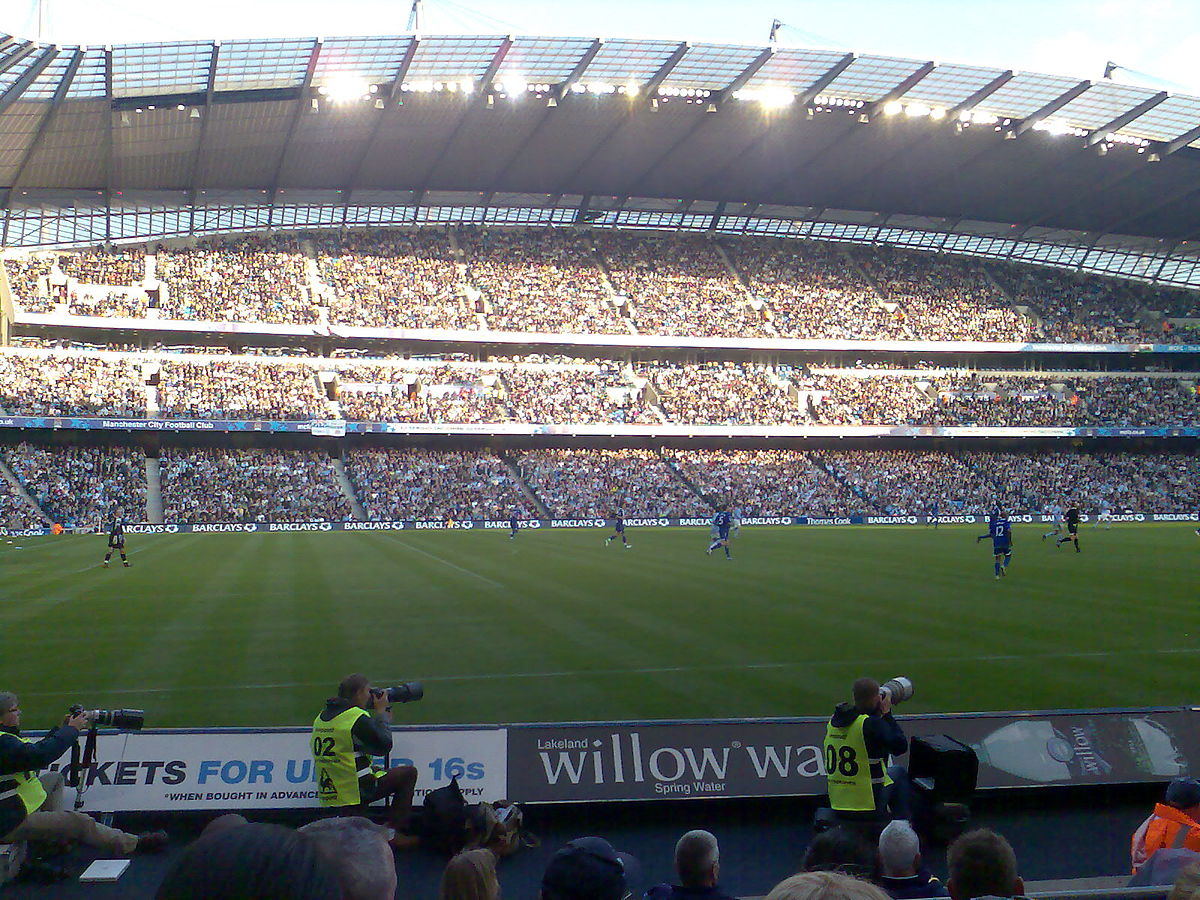 Manchester City F.C. supporters - Wikipedia