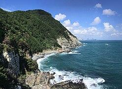 Cliffs of Taejongdae 3.jpg