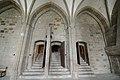 Columns af the Salle des Hôtes - Mont St Michel (32109417843).jpg