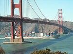 Container Ship under Golden Gate Bridge (2897397184).jpg