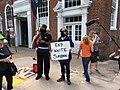 Counter-protester (36591882035).jpg