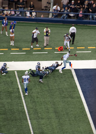 Sam Hurd - Hurd scoring a touchdown for the Cowboys against the Seahawks in 2009