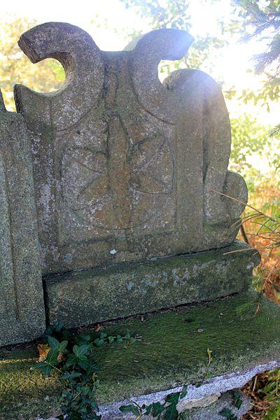 Croix de Kercloarec: détail revers socle