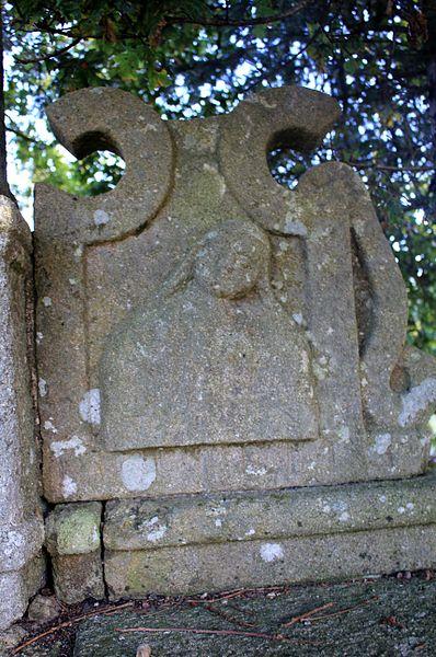 Croix de Kercloarec: détail face socle