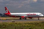 D-ALSB Air Berlin Airbus A321-211 @ Frankfurt (EDDF) - 27.08.2014 (17187040235).jpg