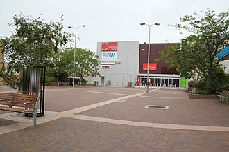 Dapto, New South Wales - New, alternate entrance through Dapto Square. Note, this new section occupies the former western part of Byamee street.